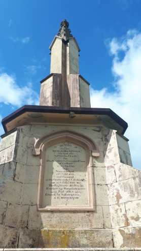 Renwick monument, Moniaive
